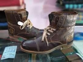 Bugatti International Brand Export Quality Leather Boot Size 9 & 10.