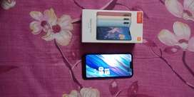 Redmi 6 pro thora sa crack. He 1year. 2month old good condition my phn