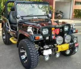 Mahindera Willy modified jeep