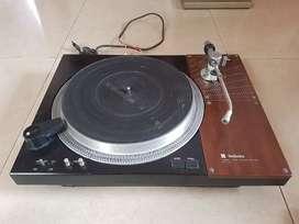 Turntable Technics SL110  Legend