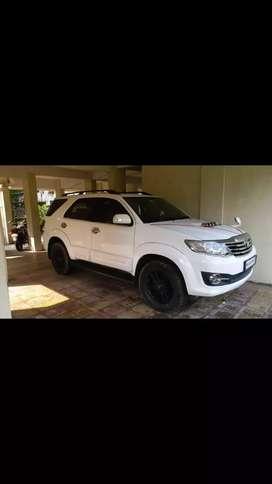 Toyota Fortuner 2014 Diesel 150000 Km Driven