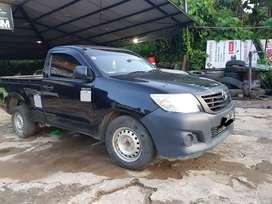 Toyota Hilux SC Pick Up 4x2 manual tahun 2015