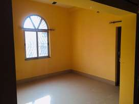 Flat 2 bhk ready to use