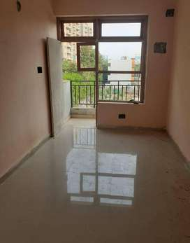 SELL FOR 1 BHK FLAT IN SECTOR 49