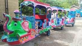 kereta motor gajah odong kesukaan anak mandi bola indoor  TWB