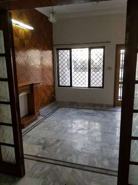 30*60 ground portion for rent in G-11/1 real pics are attached
