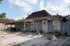 Jual Rumah Tua dengan Tanahnya di daerah Sumber Wetan Klaten
