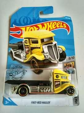 Hot WHeeLS Truck