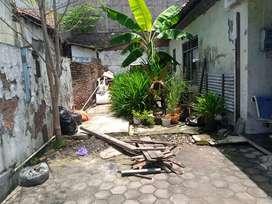 Rumah lama, hitung tanah, 70 meter dr jl Diponegoro, 1 km simpang5