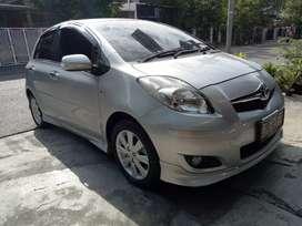 Toyota YARIS S manual istomewa sekali, rasa dipakai seperti baru 2011
