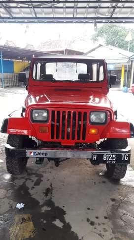 Jeep CJ7 Thn 82 di jual murah