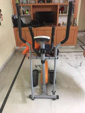 Propel Cross Trainer @ Rs 7000