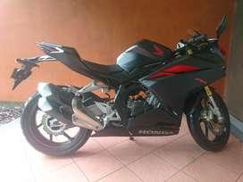 Honda CBR 250 cc  full black