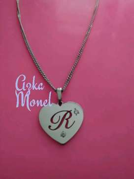 Kalung inisial love monel