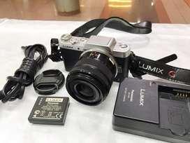 Kamera mirrorless lumix gf7 wifi mantap siap pake murah aja nih