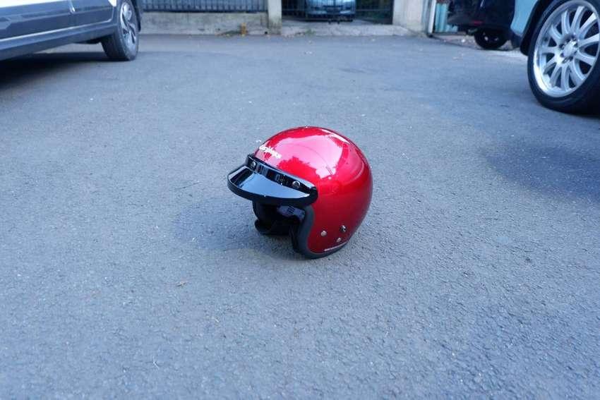 Helm Cargloss Retro Merah Marun 0