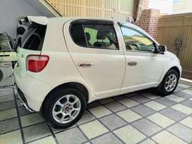 Toyota Vitz 1999 Neat and clean