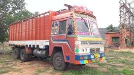 Truck 10 wheeler