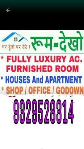 1 bhk flat Madan Mahal mahanadda Sab Motors Road Canara Bank ke Baju m