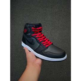 Jordan 1 Retro High Black Satin Gym Red