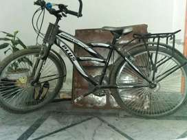 Mountain 511 humber cycle with 7 gear and 3 gears