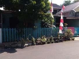 Rumah dekat pasar perumnas dan mall buaran beserta 3 kontrakan