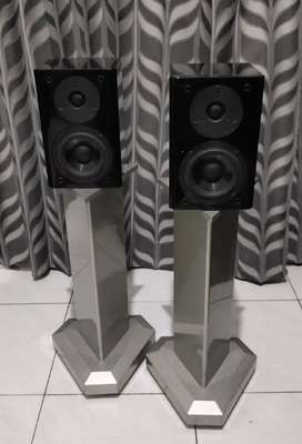 Speaker Bookshelf Yamaha NX-E700