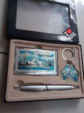 Set souvenir australia tempat kartu nama ballpoint gantungan kunci