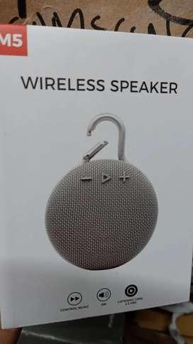 Speaker bluetooth M5
