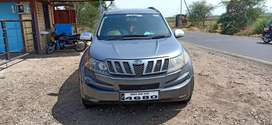 Xuv 500 w8 top model. Well maintained car