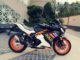 250cc to 400cc Honda CBR 250 style racing heavy bikes at ow motors