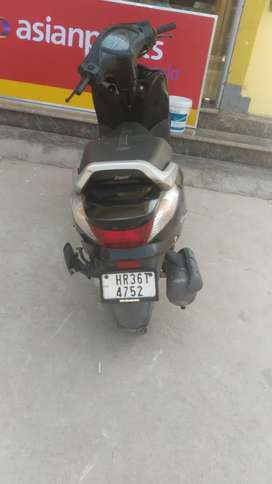 Honda scooty