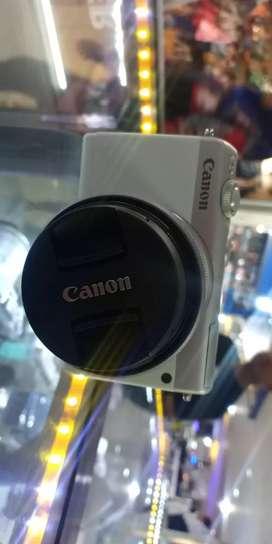 Kredit Mirorless Canon M100 Promo cicilan gratis 1x