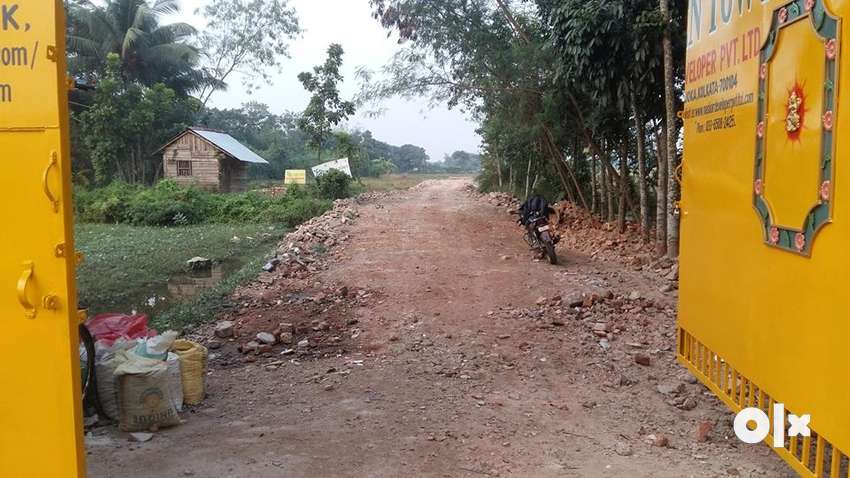 Ready to move plot for sell near joka AND EMI 48 months 0