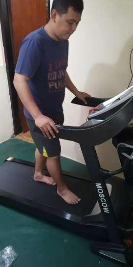 The best Treadmill elektrik 16 speed New Moscow Class komersil