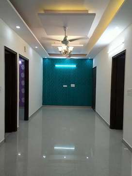 Ready to Move 3 BHK Flat in Rajendra park Gurgaon sector 105