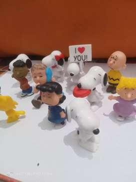 Miniatur Snoopy satu set