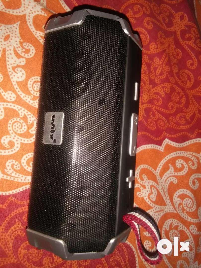 Charging portable bluetooth speaker 0