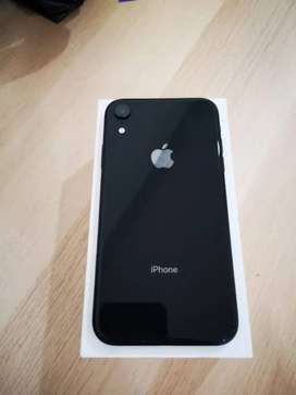 iPhone XR Black 64gb in Excellent condition With Bill Box & charger