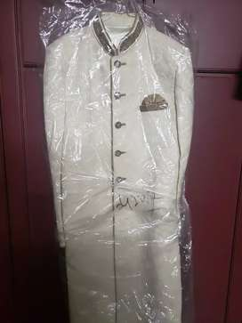 Sherwani, men's wedding wear
