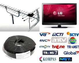 Teknisi Pasang Sinyal Antena Tv Lcd Led