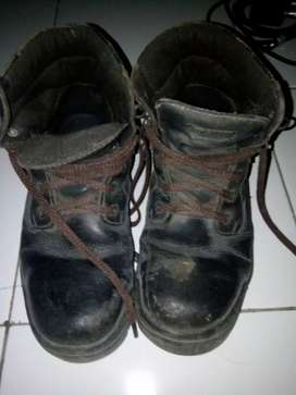 Sepatu safety K2 murah