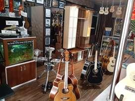 Jual gitar akustik