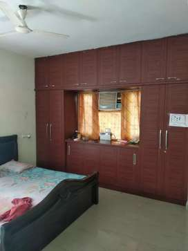 Sale 3BHK flat 1630 sft,EF,Manas lane ,old bowenpally,7th flr,,66 lacs