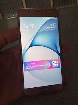 Samsung J7 kondisi istimewa    dijamin suka   