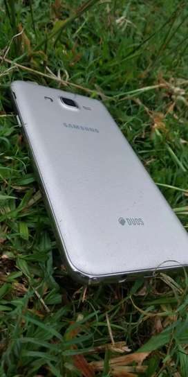 Brand New Samsung galaxy J7 NXT with full condition