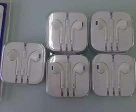 White colour Apple iPhone 6s Earphones
