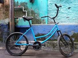 dijual sepeda status bekas haraga 600 rb Nego tipis