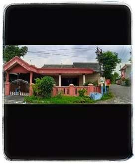 Rumah HOOK Besar Jenggolo sda dkt Kahuripan Nirwana