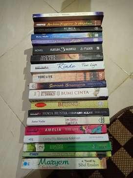 Dijual Buku/Novel ternama dan terlaris sepanjang masa 15.000,-/buah.